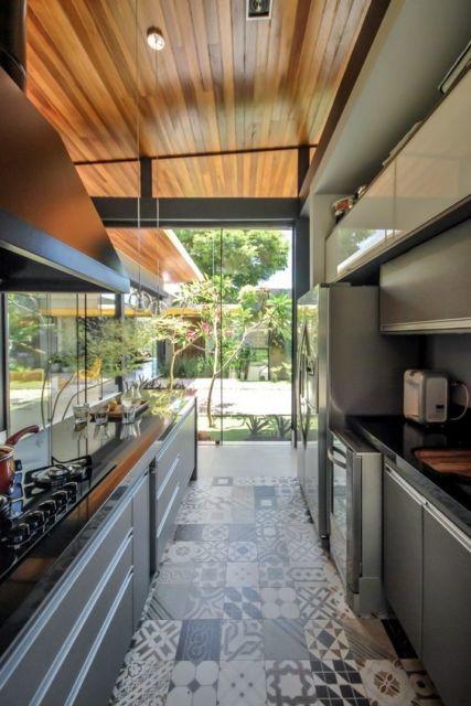 cozinha com ladrilho hidráulico