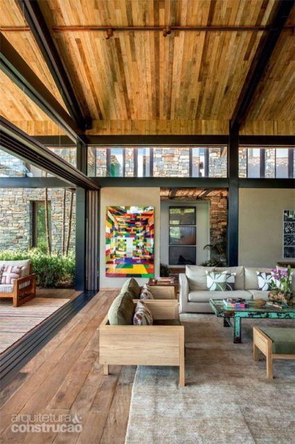 sala piso de madeira