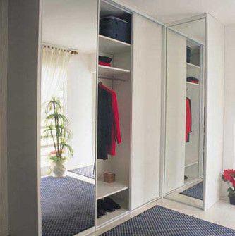 armário de canto com espelho