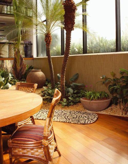 jardim-de-inverno-na-sala-de-jantar-mesa