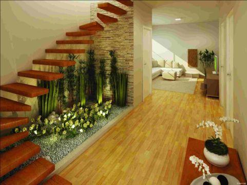jardim-de-inverno-na-sala-escada-pequeno