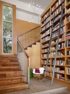 lustre para escada moderninho