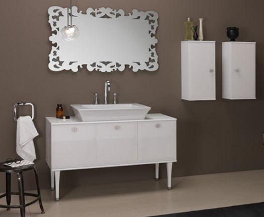 móveis laqueados banheiro