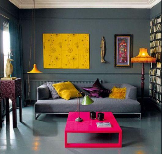 móveis laqueados mesa rosa