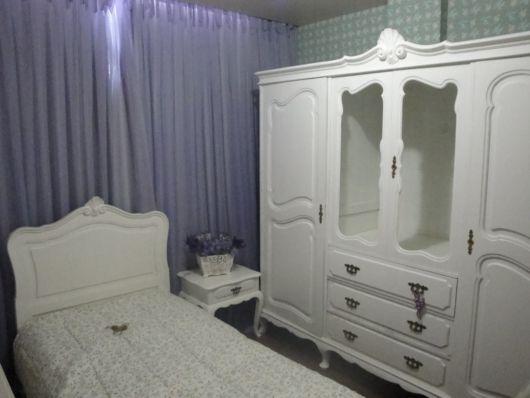 móveis laqueados quarto branco