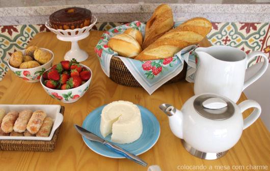 mesa posta café refeição