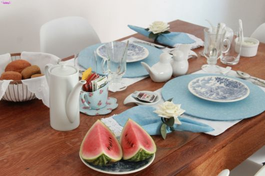 mesa posta café simples azul