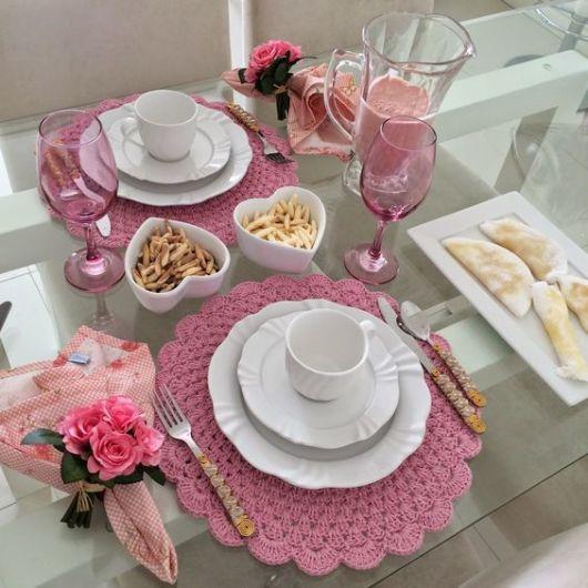 mesa posta café sousplat rosa