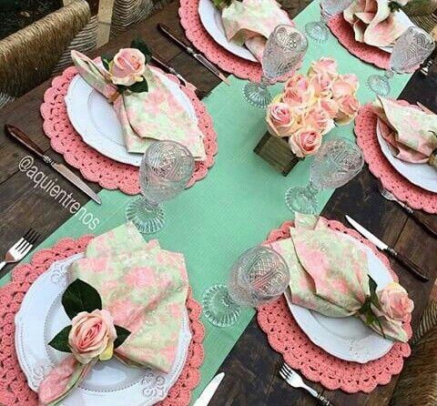mesa posta caminho de mesa rosa