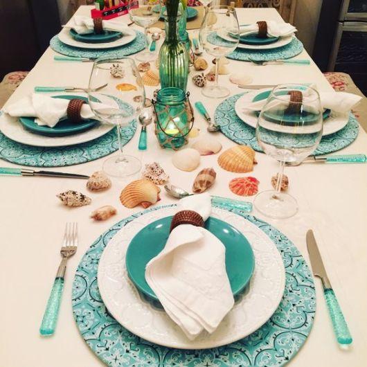 mesa posta jantar sousplat azul