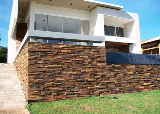 muro pedra ferro