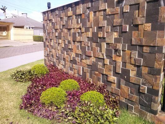 muro com pedras