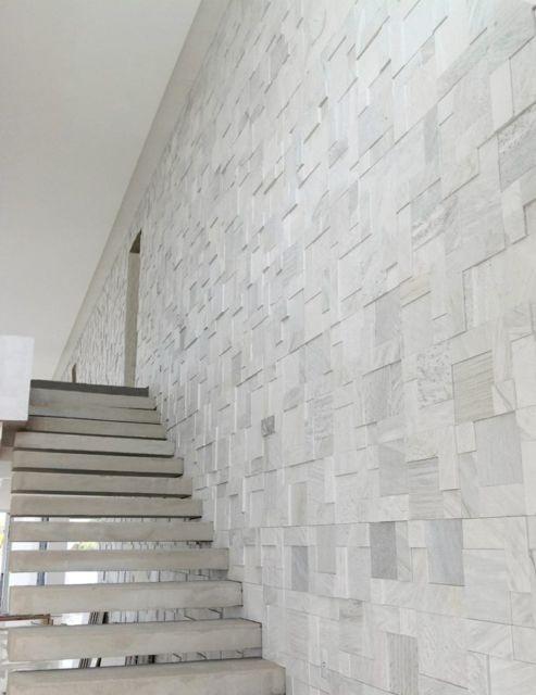 parede escada mosaico