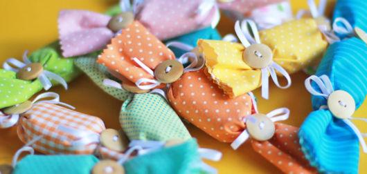 sabonetes decorados com tecido fofo