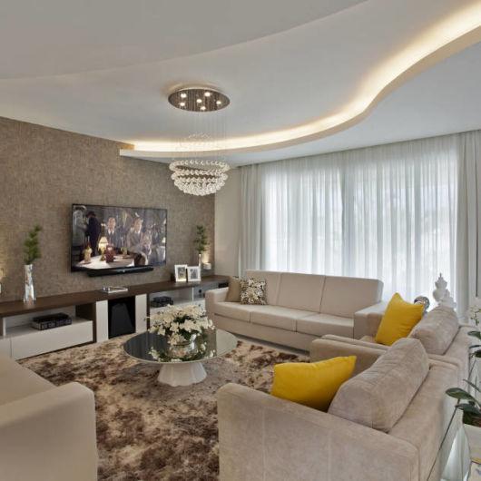 Sala clean moderna dicas e de 30 fotos e modelos - Paredes decoradas modernas ...