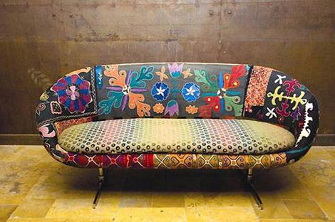 sofa-colorido-com-estampa