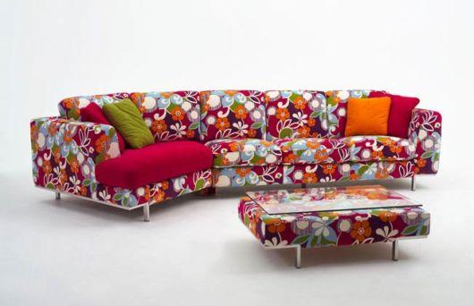 sofa-colorido-estampado