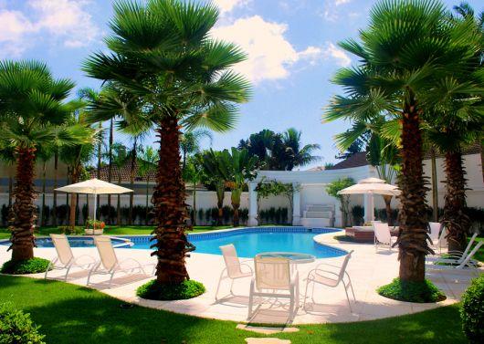 area-de-lazer-com-piscina-de-luxo-ideias