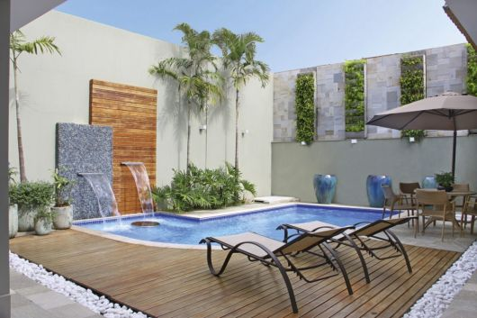 Rea de lazer com piscina dicas plantas gr tis e de 30 projetos - Piscina da interno ...