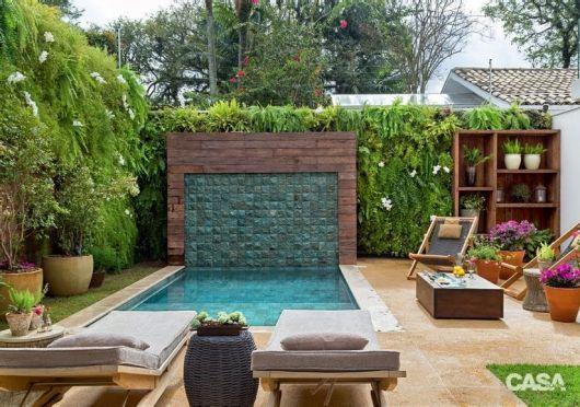 jardim vertical escada:area-de-lazer-com-piscina-e-jardim-vertical – Doce Obra