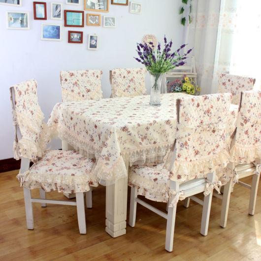capa-para-cadeiras-e-poltronas-de-renda-e-estampa