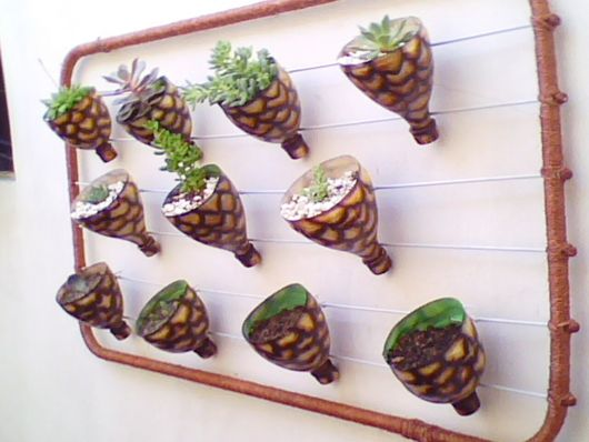 vasos-para-jardim-com-garrafa-reciclada