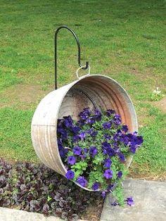 vasos-para-jardim-deitado-com-flores