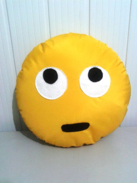 emoji olhos revirados