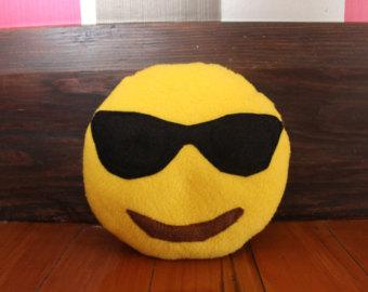 modelo de óculos escuros
