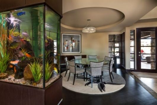 aquario-na-sala-de-jantar