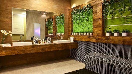 banheiro-de-fazenda-com-madeira-rustica