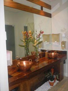 banheiro-rustico-tacho-de-cobre