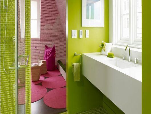 banheiro-verde-e-rosa-como-e
