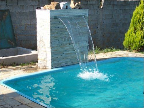 cascata-para-piscina-com-vidro