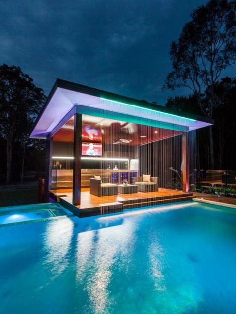 cascata-para-piscina-led