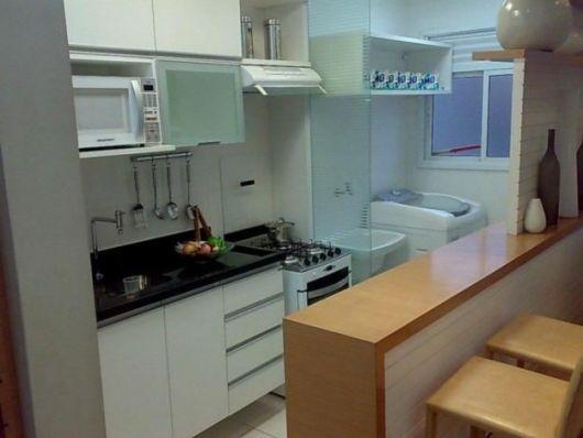 cozinha-americana-pequena-estilo-corredor