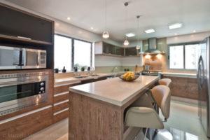 cozinha clean modelo com ilha