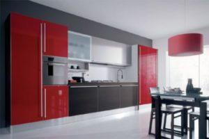 cozinha clean com geladeira vernelha