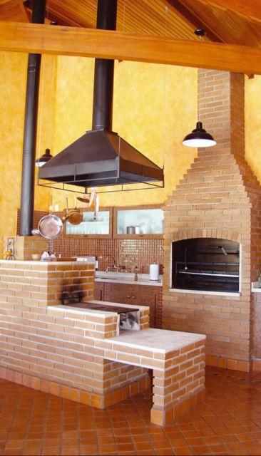 espaço gourmet com forno a lenha