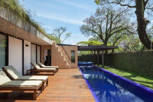 deck-com-piscina