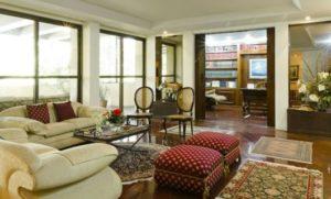 decoração clássica de apartamento com pouco espaço