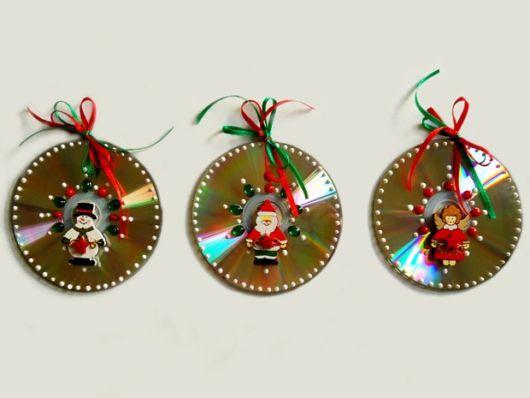 enfeites-de-natal-reciclados-com-cds-usados