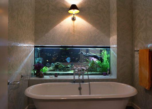 fotos-de-aquarios-no-banheiro
