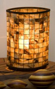 luminária feita de artesanato com filtro de café