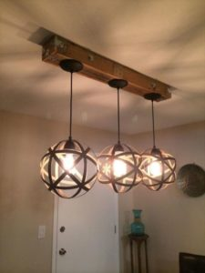 luminárias rústicas pendentes feitas de ferro