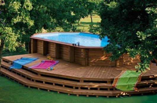 piscina-acima-do-solo-com-deck