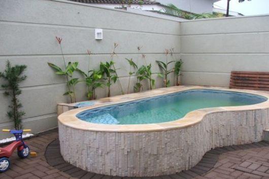 Piscina acima do solo elevada vantagens dicas e 24 modelos for Modelos de piscinas en casa