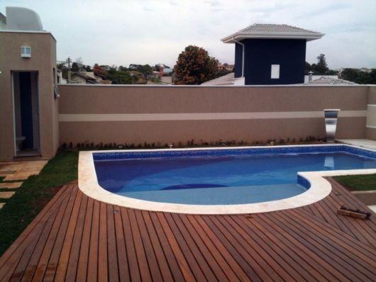 piscina-com-hidro-e-prainha-redonda-2