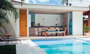 piscina na laje com área para festas