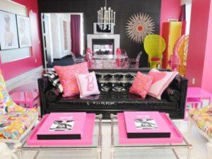 sala colorida da barbie